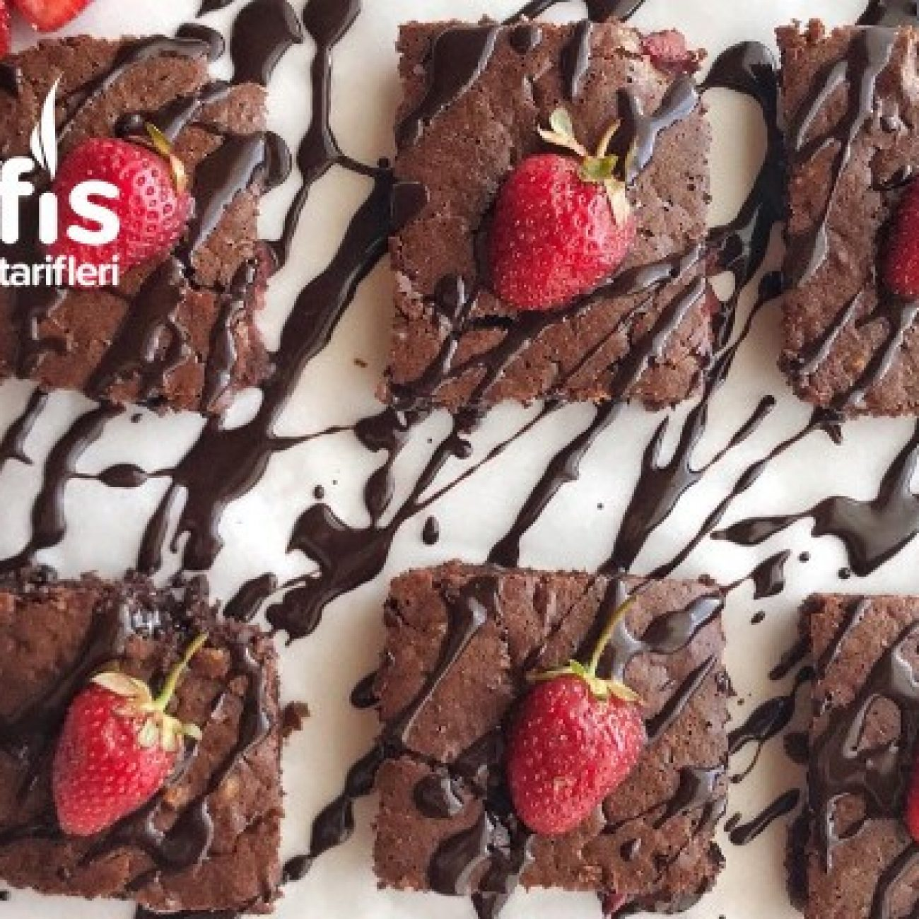 Çilekli Fit Brownie